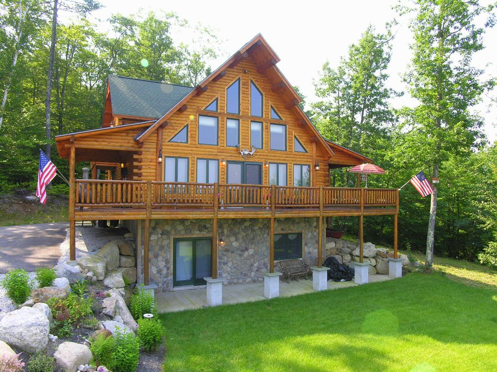 Luxury log cabin best views of mt vrbo for Custom luxury log homes