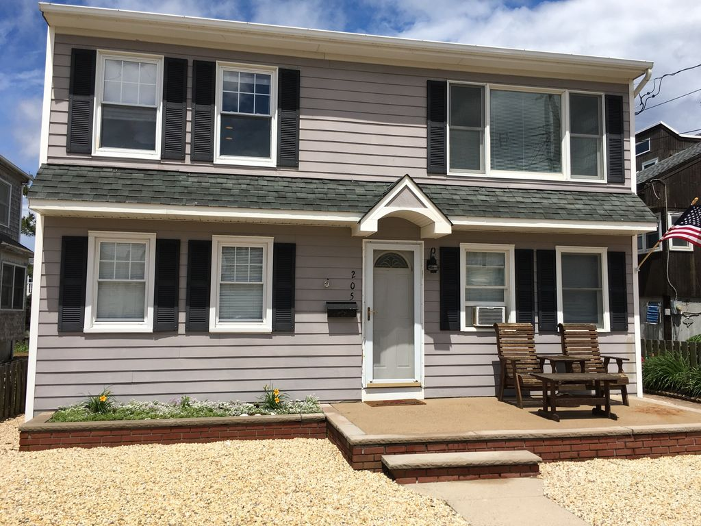 5 bedroom house - 1 off the beach! great for - vrbo