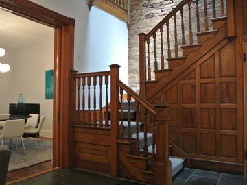 Eckington house rental - The parlor and stair are open to the dining room