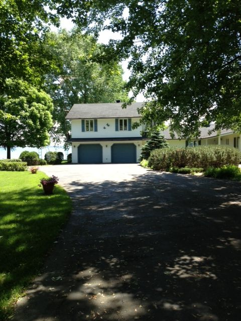 Cornwall estate rental - Driveway and house
