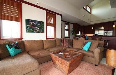 Kolea 16M Hawaiian themed living room