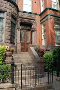 Logan Circle townhome rental - Located at 10th and M Street NW, 2 blocks from the Convention Center and Metro.