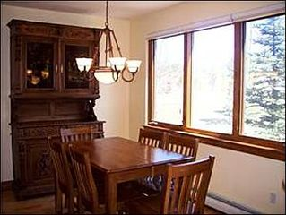 Baldy Mountain Breckenridge townhome photo - Dining area for 8