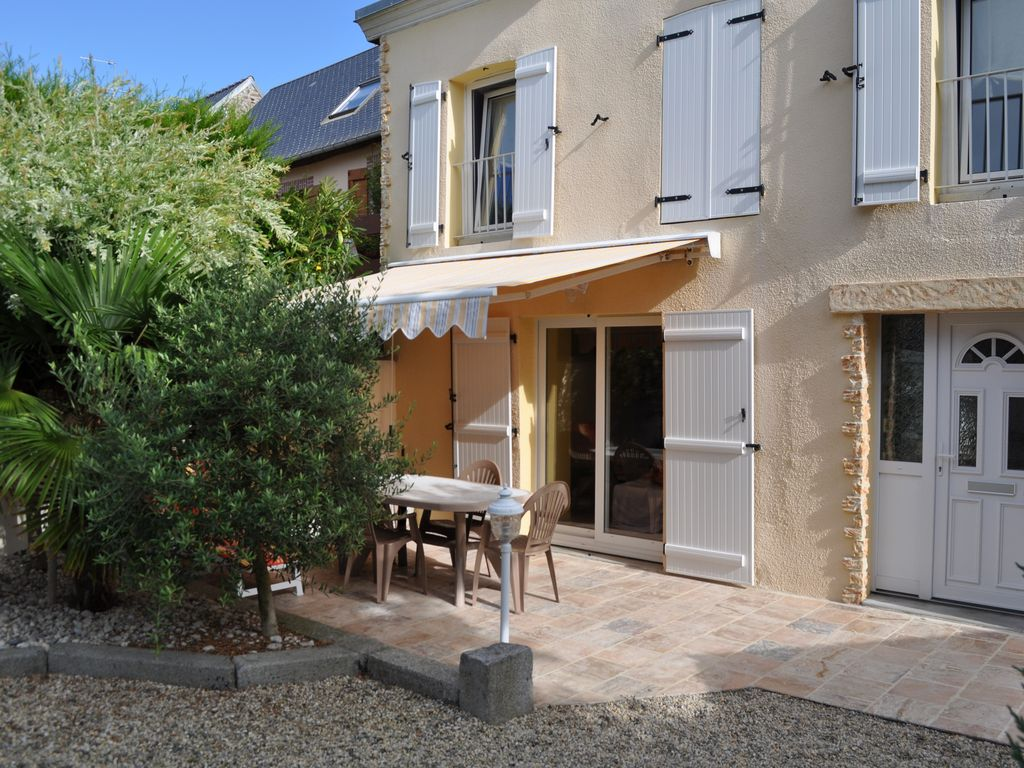 House in donville les bains homeaway donville les bains for Bain s house