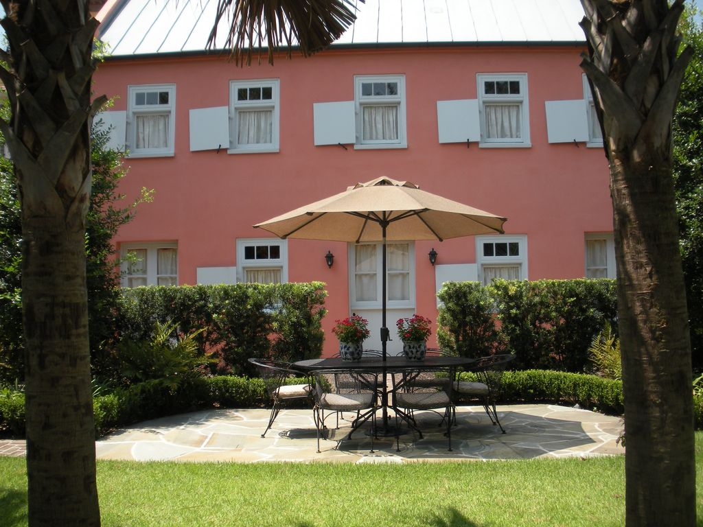 Charleston Apartment Rental Historic Downtown Cookhouse Apartment In Garden District Homeaway