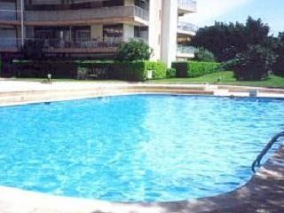 Apartment with pool, recommended by travellers !
