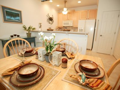 Cottage dining expands to seat 6 with fully furnished kitchen and laundry