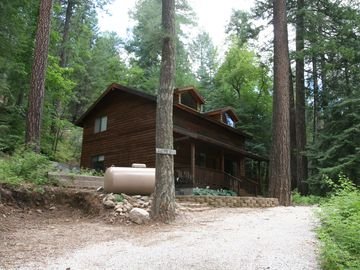 Tucson cabin rental - contact-520-576-1333 franzim@mindspring.com mt.lemmon realty