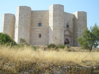 Avellino house photo - Castle del Monte in Nearby Puglia