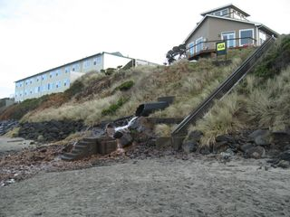 Lincoln City house photo - Beach access closest to house (50 stairs)