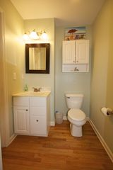 Folly Beach house photo - Powder Room
