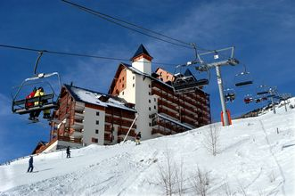 2-4 Pers. Apartment nearby Pistes in Les Deux Alpes.