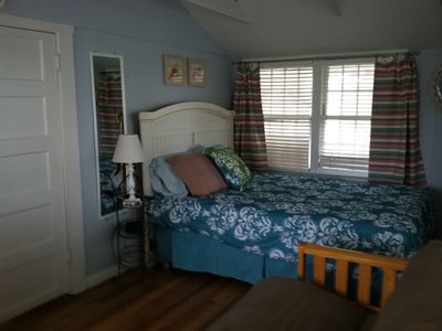 Upstairs cottage queen bed with queen futon sofa sleeper