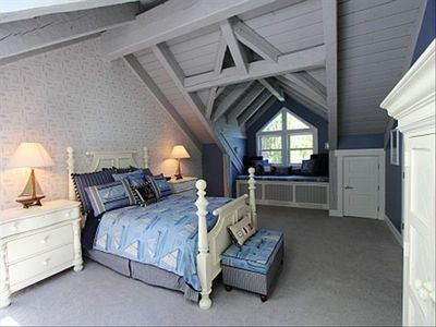 Upper level guest bedroom queen size bed