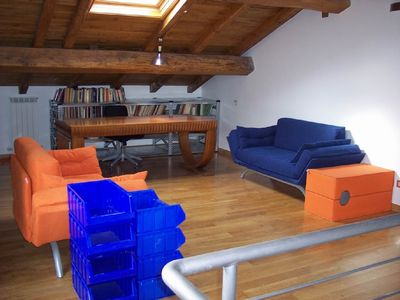 EUR apartment rental - Loft-library