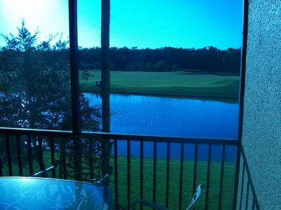 Gorgeous lake, golf & preserve view!