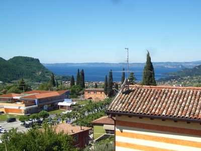 New two-roomed apartments with balcony in view of the lake Garda