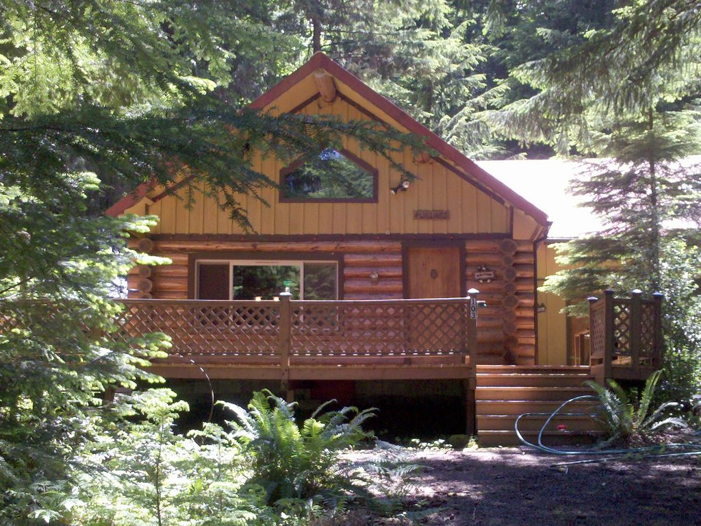Family Vacation Getaway Visit Mt Rainier Amp Vrbo