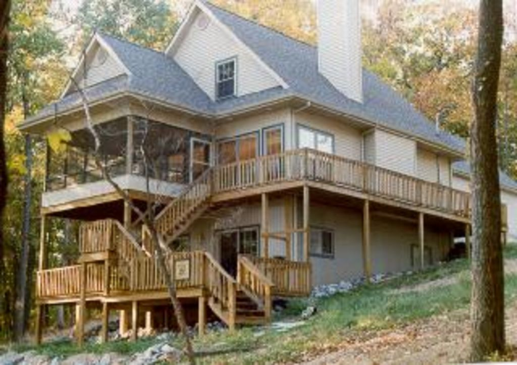 private lakefront home on kentucky lake with vrbo On ken lake cabin rentals