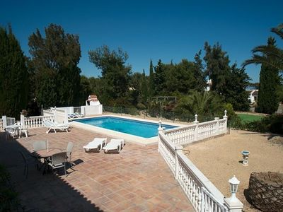 Altea villa rental - Enclosed pool area