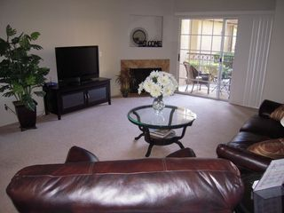 Scottsdale condo photo - Spacious living room with sliding door to patio
