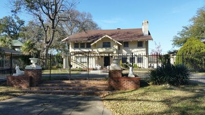 Chateau Gentilly -  located in Historic Gentilly Terrace!