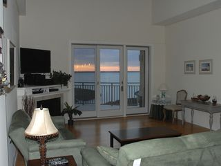Rivendell Ocean City condo photo - Living room!