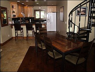 Avon townhome photo - Dining Area for 4