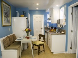 Venice Beach property rental photo - Looking into the kitchen with door to parking