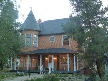 Historic District Breckenridge house rental - inviting front view of your vacation home