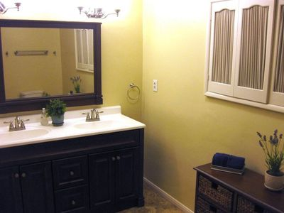 Anaheim house rental - Enjoy the newly remodeled master bathroom (May 2010).