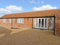 PEARDROP COTTAGE , pet friendly in Saltfleetby, Ref 6059