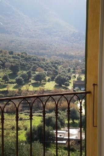 PRETTY CHARMING HOUSE IN THE VILLAGE OF CASSANO / VIEW MONTEGROSSO