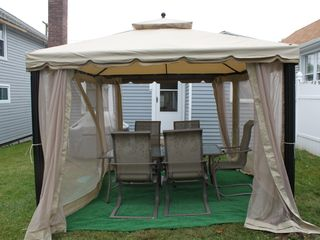Old Lyme cottage photo - Outdoor Gazebo and Patio Set