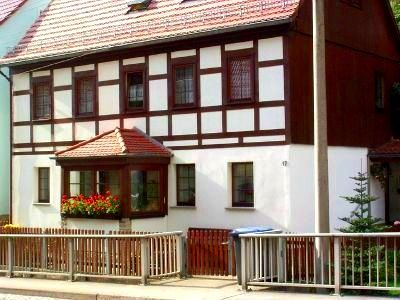 Romantic half-timbered house, centrally located, walking trails nearby, vacation without car