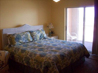 Master Suite has King Sized Bed and an Awesome View of the Gulf!