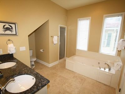 2nd Floor Master Suite Bathroom