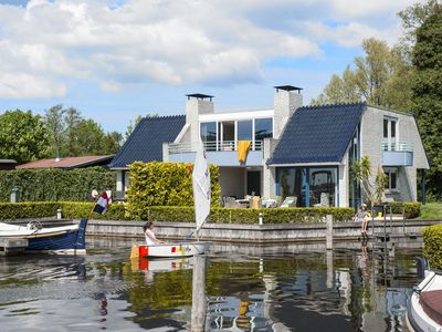 30 Minutes From Amsterdam! 4 Bedroom House (Semi Detached):