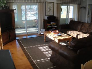 Moneta cottage photo - Great Room with sliders to sunporch