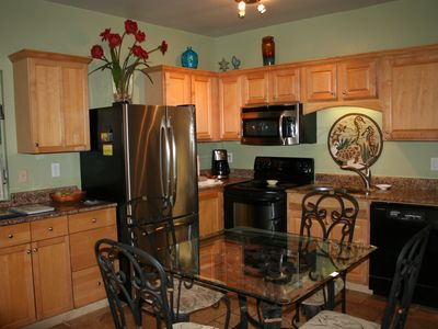 Dining Area and Fully-Stocked Kitchen ... Great for Family Meals.