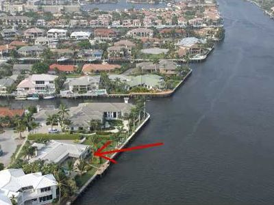 As far as the eye can see north or south from 177' of DIRECT Intracostal in Boca