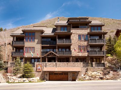 Red Stag Lodge Deer Valley 402          5-Star Review and 4-Minute Walk to LIft