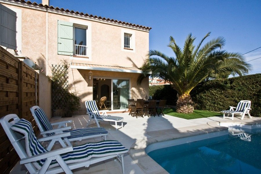 Air-conditioned house, close to the beach , La Brague, Provence and Cote d
