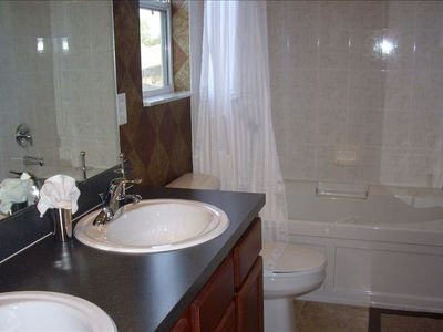 Crystal Cove villa rental - The second master en suite