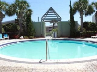 Beach Pointe townhome photo - Large Circular Pool