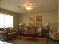 Easy Beach Access, Single Level No Stairs, Close To Pier, Resturants, and Shops ~ Goin' Coastal