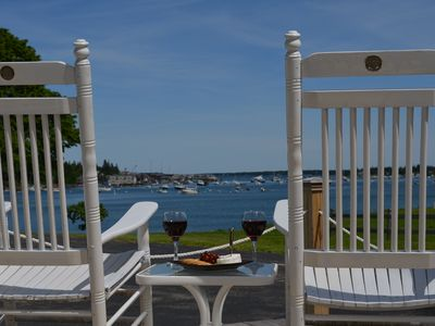 Relax, Unwind At Harbor Oasis - the Perfect Couple's Get-away...