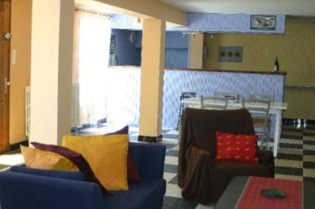 House, 90 square meters