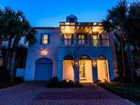 Paradise Found-Beach Front House, 2 Gulf Front Master Bedrooms,Community Pool