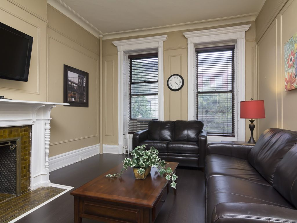 Upper west side vacation rentals apartment rentals homeaway for Apartments on upper west side